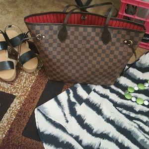 Louis Vuitton Handbags - Authentic Louis Vuitton Neverfull