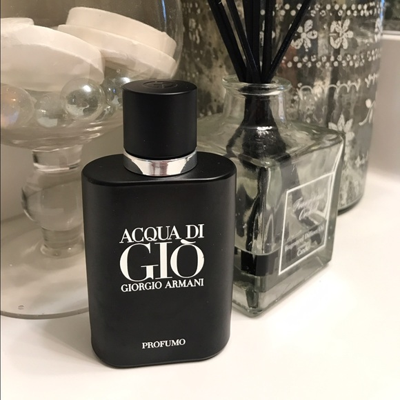 super popular on feet shots of best choice Giorgio Armani Acqua di Gio Profumo