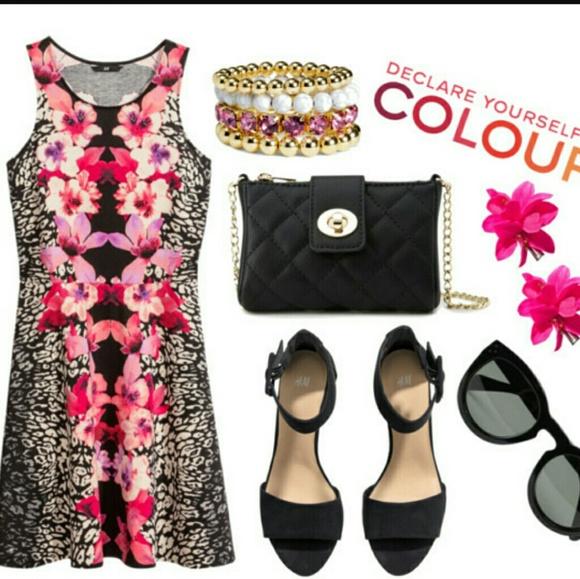 8a7094d054 H M Dresses   Skirts - H M Floral and Leopard Print dress