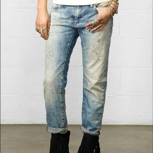 • Denim and supply skinny boyfriend jeans size 25•