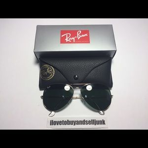 Ray-Ban Other - BRAND NEW RAY BAN RB3026 GOLD AVIATOR SUNGLASSES