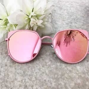 Accessories - Cat Eye Mirrored Sunglasses Pink