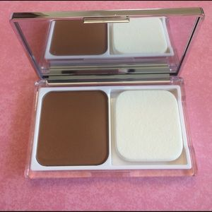 Clinique Acne Solutions Face Powder #24 GOLDEN
