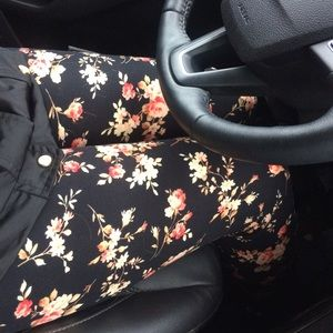 Infinity Raine Pants - SALE Softest peachy floral leggings. 1 pair left!