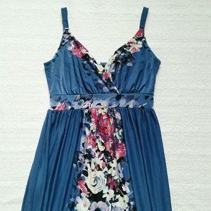 Soma Dresses & Skirts - Soma Maxi Dress