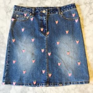 Lilly Pulitzer Dresses & Skirts - Lilly Pulitzer Strawberry Embroidered Jean Skirt 6