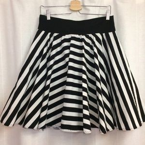 Voodoo Vixen Dresses & Skirts - Black white stripe skate circle skirt