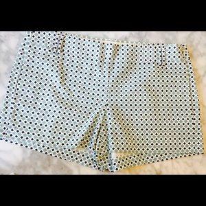 J. Crew Pants - J. Crew City Fit Patterned Shorts. Size 2. NWOT