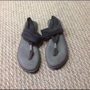 Sanuk Shoes - Sanuk