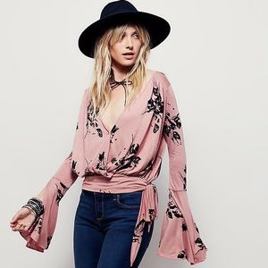 • free people floral dusty Cora top size S•