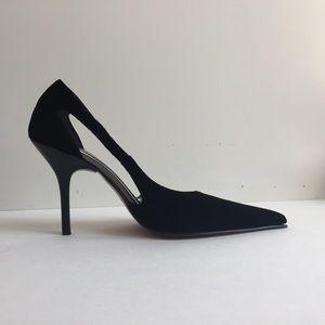 Donald J. Pliner Shoes - Donald J Pliner pointed toe  high heels