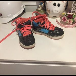 Shoes - Girls high tops!