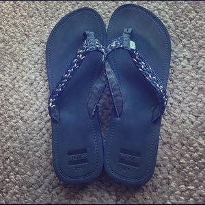 TOMS Shoes - Toms sandals. Size 11