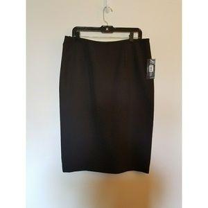 Le Suit Dresses & Skirts - NWT Le Suit Pinstripe Pencil Skirt