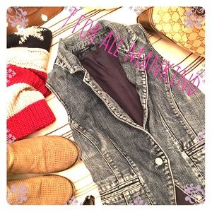 7 for all mankind denim vest size XS 