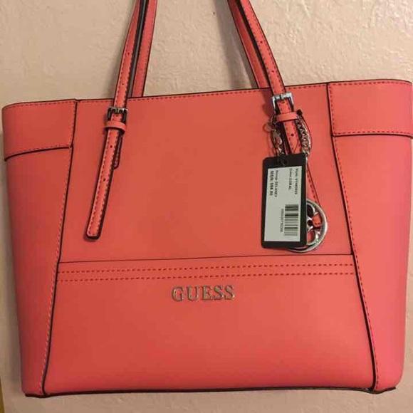 0389f247fc NWT Guess Handbags