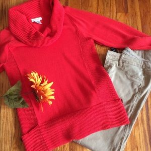 Sweaters - Cowneck sweater