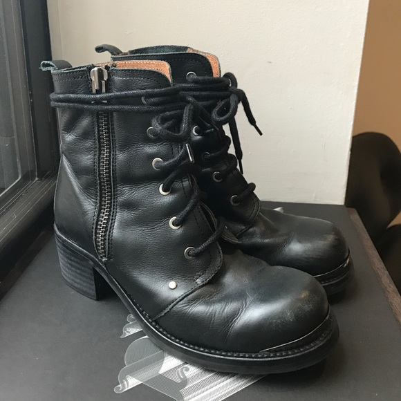 9s Grunge Style Combat Boots By Sixty
