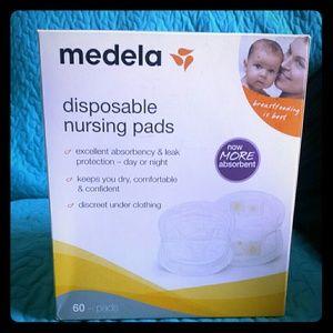 Medela Other - Medela nursing bundle