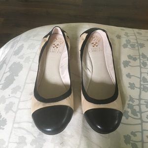 Vince Camuto Shoes - New Vince Camuto ballerina flats - cream & black