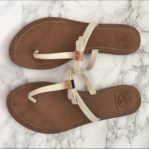 Tory Burch Shoes - Tory Burch bow sandals size 7.5