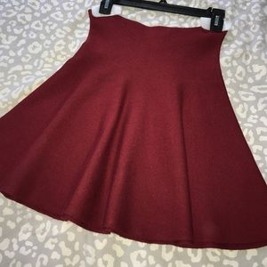Zara Knit Skirt in Burgundy. Size M