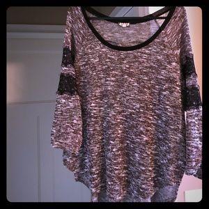 Eyeshadow Sweaters - Light sweater. Longer in back. Maroon/cream/black