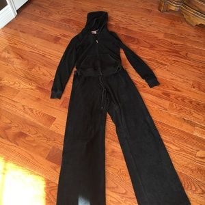 Bird by Juicy Couture Tops - Juicy Couture Sweatsuit! Jacket and pants!