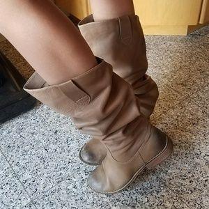 bp Shoes - bp ginger lea mushroom color size 8M