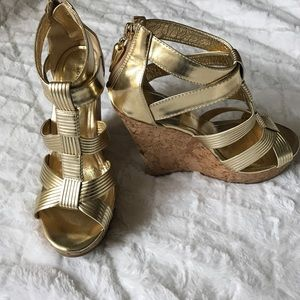 Rock & Republic Shoes - Rock&Republic Gold Strappy Wedges - size 6.5