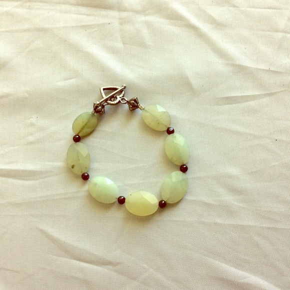 wirequeen Jewelry - NWTS Bracelet Aventurine flat faceted beads. 3/$30