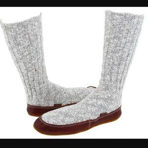 Acorn Other - NIB The Original Acorn Slipper Sock