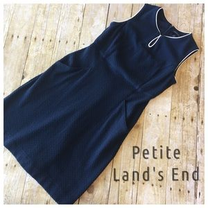 Lands' End Dresses & Skirts - Land's End Petite Sleeveless Dress Keyhole Neck