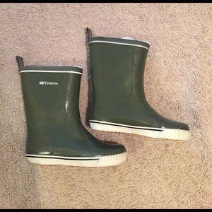 Tretorn Shoes - ☔️ Feece lined rain boots ☔️
