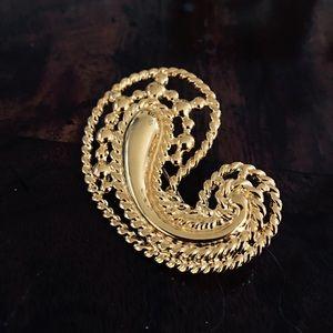 Jewelry - Paisley Swirl Brooch