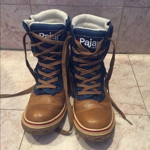 "Pajar Canada ""Leslie"" boots"