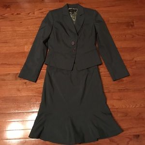 isabel & Nina Dresses & Skirts - Skirt suit