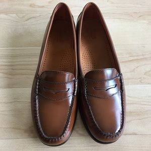 Bass Shoes - Weejuns Wayfarer Caramel Brown Leather Loafers