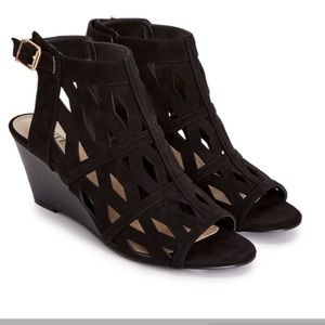Shoe Dazzle Shoes - Black Low Wedge With Cutouts