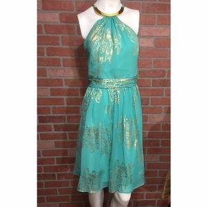 Robbie Bee Dresses & Skirts - Robbie bee evening Gold choker dress