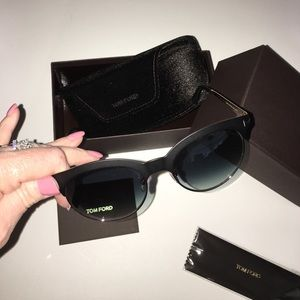 Tom Ford Accessories - 🎉FINAL SALE🎉New Tom Ford Sunglasses 🎉