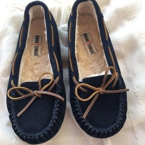 Minnetonka Shoes - MinneTonka slippers
