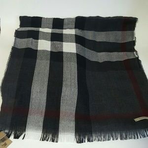 Burberry  Accessories - Burberry Charcoal Scraf