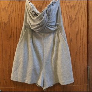silence + noise Other - Grey strapless cotton romper