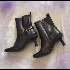 Covergirl boots-BLACK