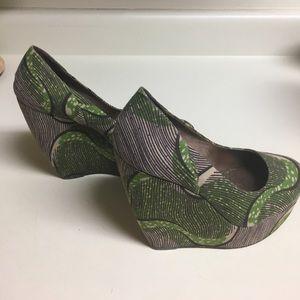 Aldo Shoes - Gently used Aldo platforms