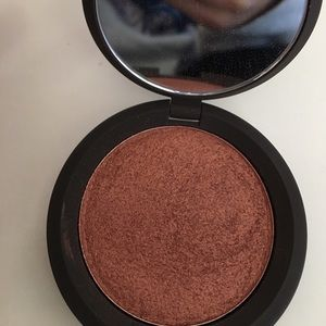 BECCA Other - BECCA Luminous Blush - Blushed Copper