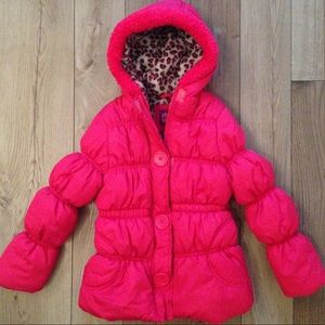 Pink Platinum Other - Pink puffy coat sz 7/8