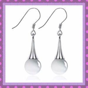 🌸Sterling Silver Opal Pierced Earrings🌸