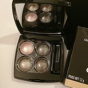 CHANEL Other - Chanel Les 4 ombre Made in France #32 Prelude.